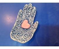 Рука и сердце
