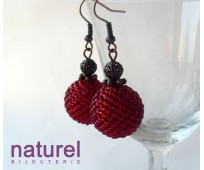 Red round beaded bead earrings