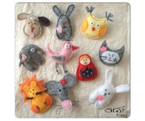 Kid's broaches